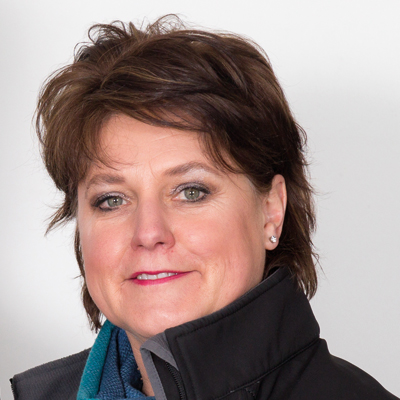 Marietjie Launder – General Manager (Finance)